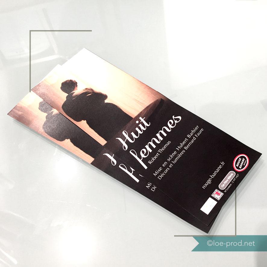 """Recto dépliant présentation du spectacle """"8 femmes"""" - théâtre"""